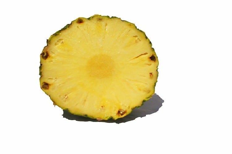 ananas pour préparer le punch