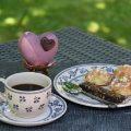 chouquette sucre perlé avec le café
