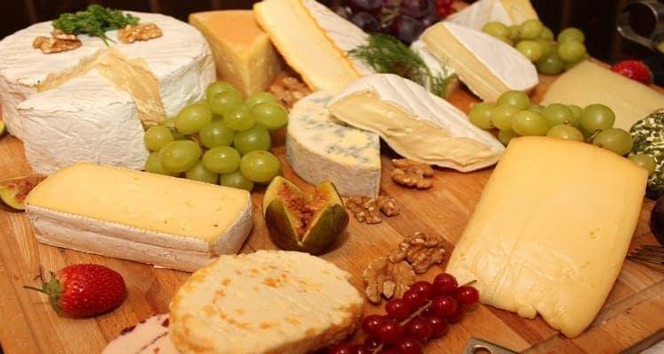 gougères à l'emmental fromages