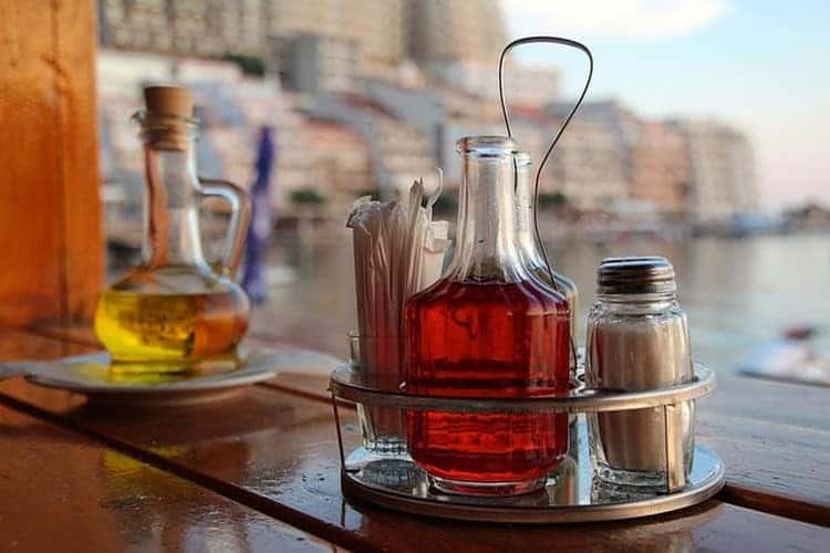 recourir a une huile d'olive en cuisine vinaigrette