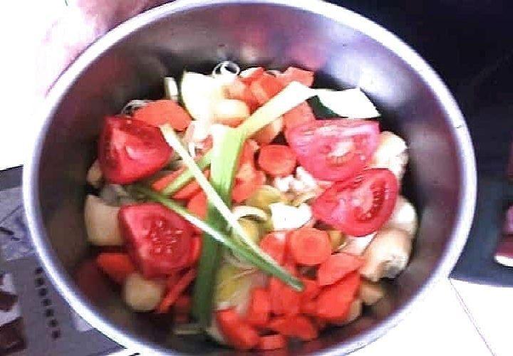 Soupe 8 légumes goût muscade Bouillon aux légumes d'hiver