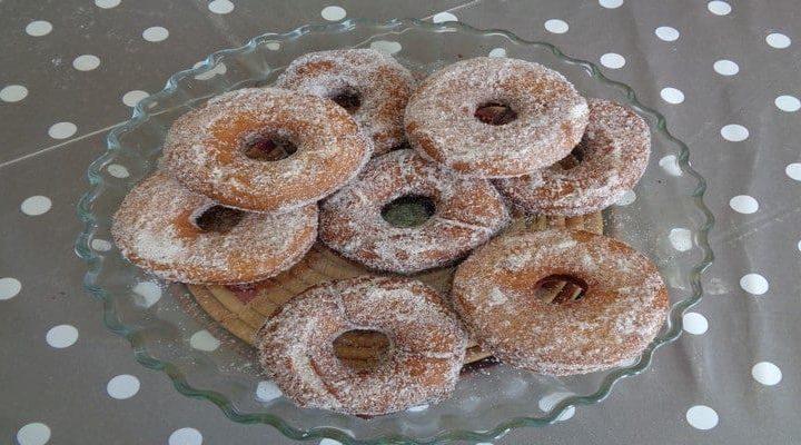 Doughnuts sucre à la cannelle : Donuts le beignet américain …