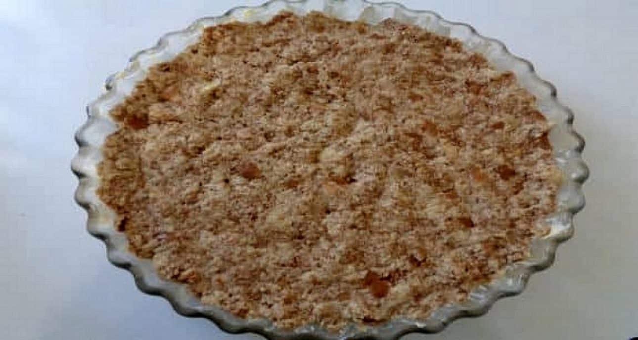 Fond de tarte aux débris de pain de mie brioché poire pommes