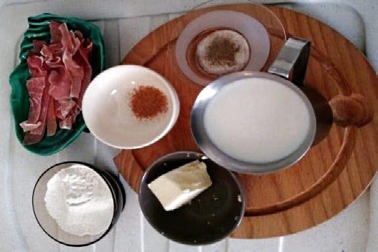 Comment réussir un gratin de blettes au jambon de Vendée https://edithetsacuisine.fr/wp-content/uploads/2016/11/gratin-de-blettes-assiette-1.jpg