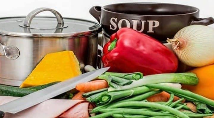 Soupe de légumes à l'os de bœuf au naturel sans cube