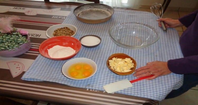 gâteau aux cerneaux de nois la préparation