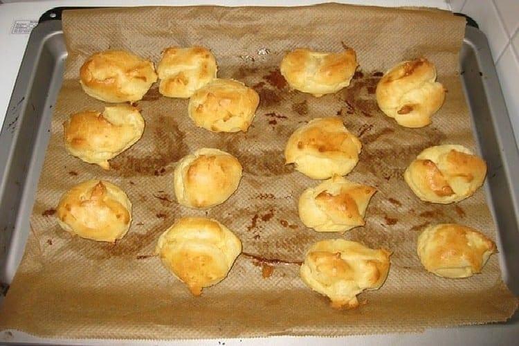 pâte à choux les gougères