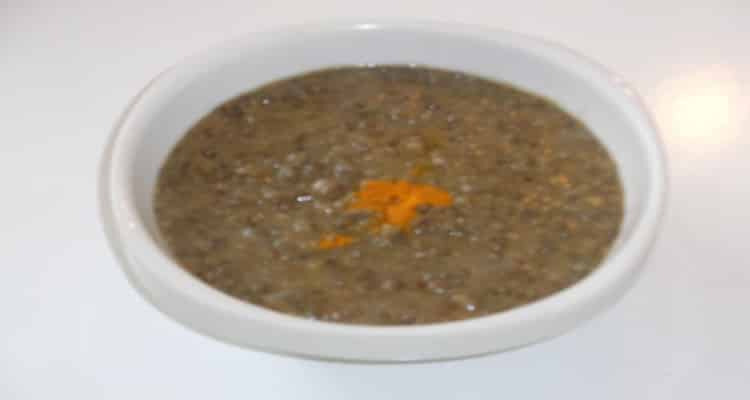 soupe de lentilles vertes assiette