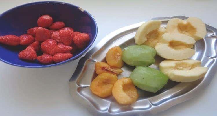 Cornets de boulgour aux fruits les fruits coupés