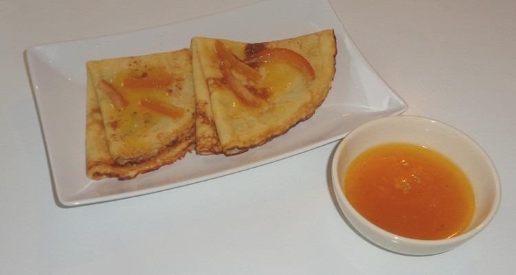 crêpe suzette, la dégustation avec la sauce