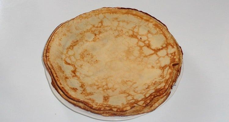 Réussir une pâte à crêpe 3 œufs beurre fondu lait froid