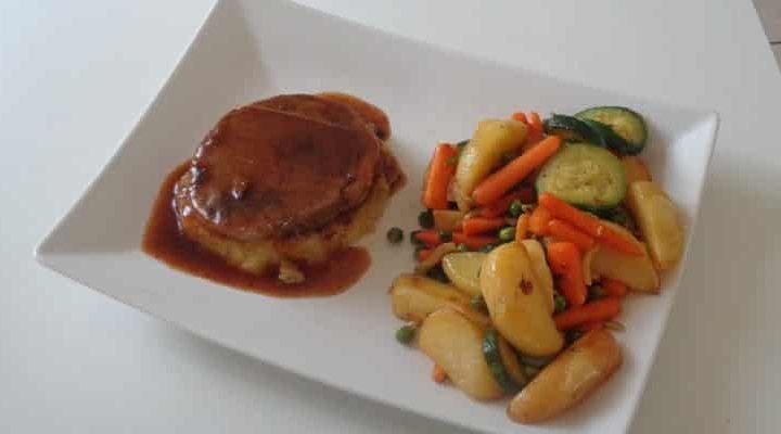 Tournedos sauce xérès palet purée de pommes de terre