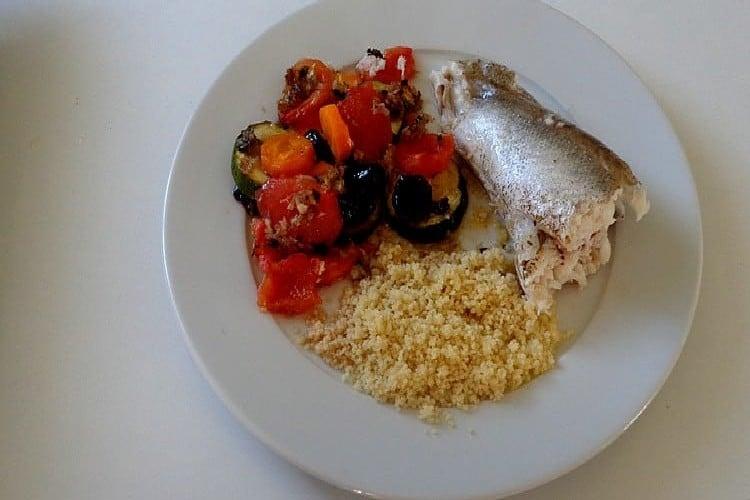 merlu au four garniture assiette degustation