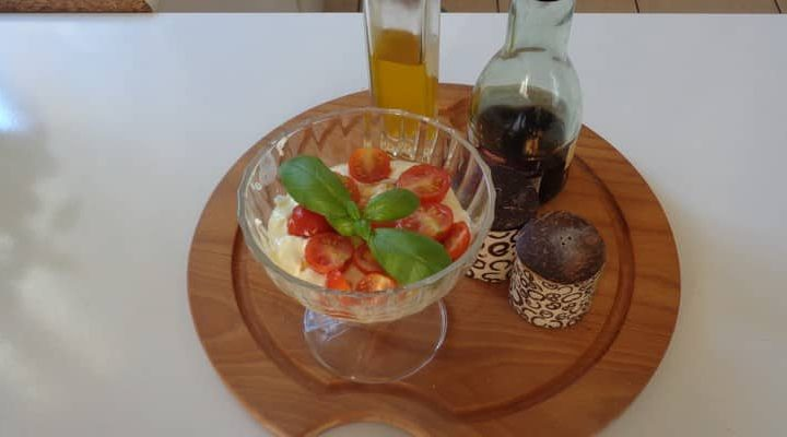 Tiramisu tomate cerise mozzarella et pesto – Recette express.