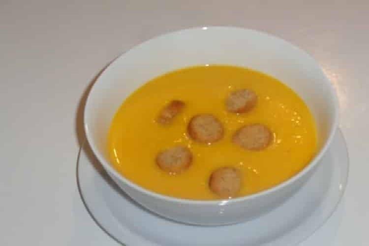 soupe de courge avec croutons