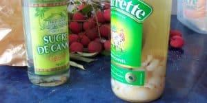 rhum arrangé litchi en bouteille pour macératon