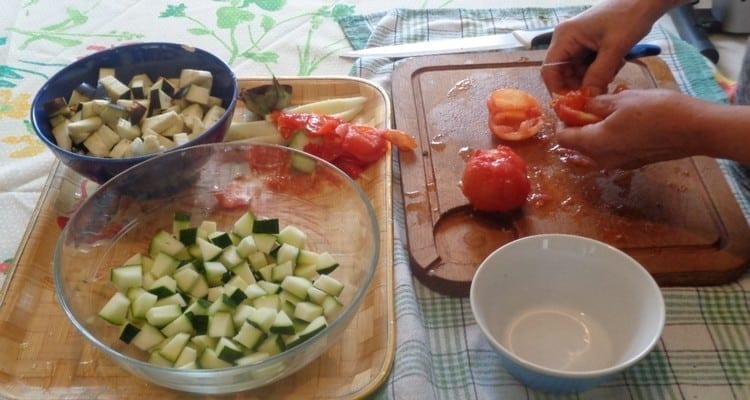 Petit Feuilleté Plein de Légumes, la découpe des légumes