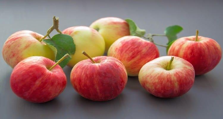 Vitamines C et K compose la pomme en plus des 50% de fibres.