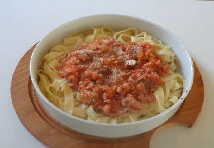 Tagliatelle provençale – délicieuses pâtes à la provençale.