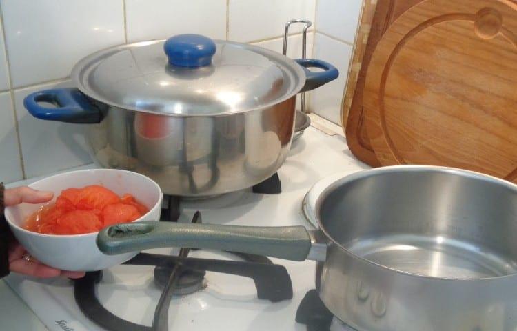 préparation des tomates à la provençale