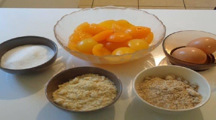 Tarte aux Abricots en Boite – appareil crème d'amandes noisettes.
