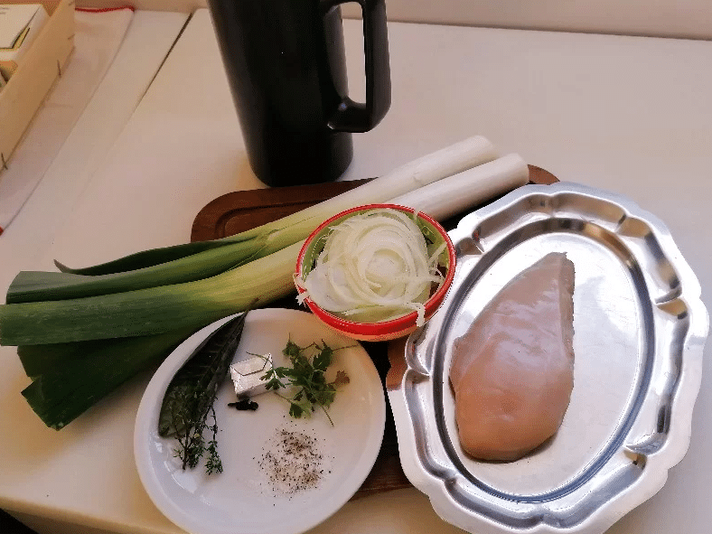 ingrédients pour la soupe poireaux