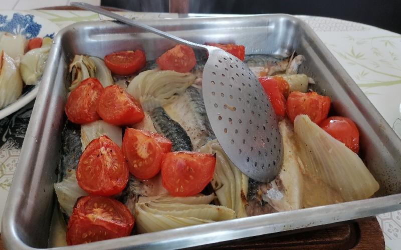 Déjeuner - Repas - filets de maquereaux en plat